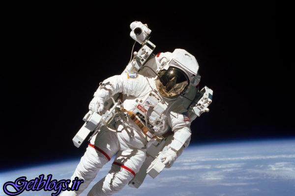سلفی فضانورد ناسا در روز جهانی سلفی