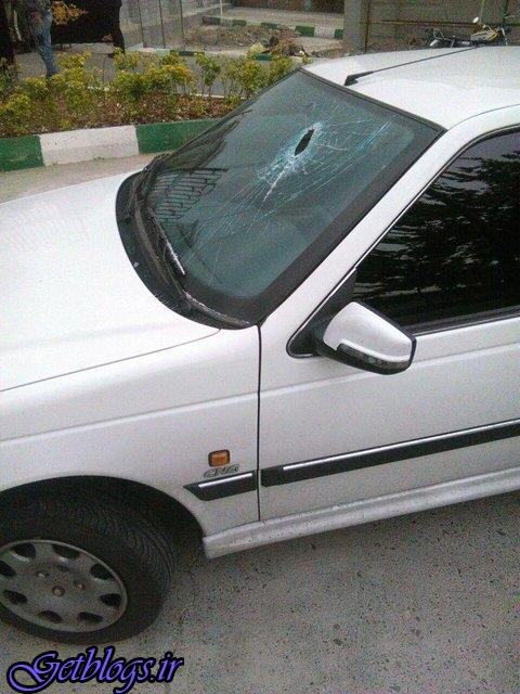 عکس) + حمله به خودروی نماینده سبزوار برابر مجلس (