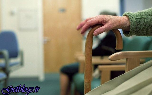حسگری که در منزل مراقب سالمندان است