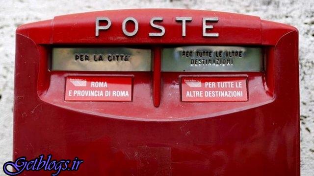 پستچی ناراضی با ۴۰۰ کیلو نامه توزیع نشده بازداشت شد